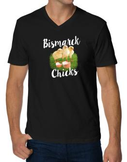 Bismarck chicks V-Neck T-Shirt