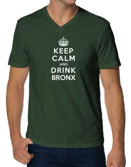 Keep calm and drink Bronx V-Neck T-Shirt