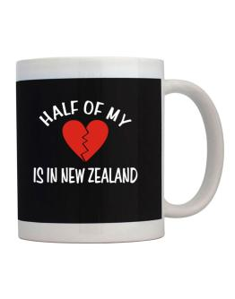 Taza de Half Of My Heart Is In New Zealand