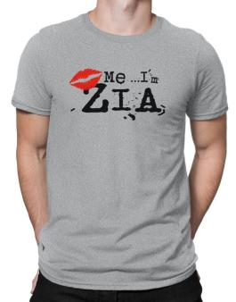 Kiss Me, Im Zia - Lips Men T-Shirt