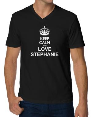 Keep calm and love Stephanie V-Neck T-Shirt